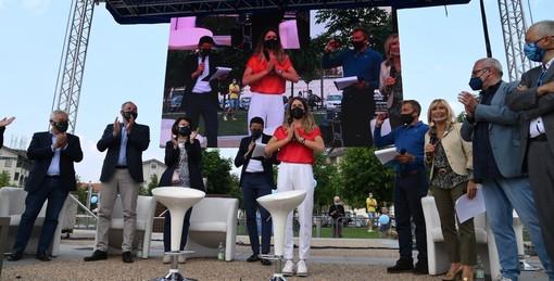 Cuneo: grande festa in Piazza Ex Foro Boario per Marta Bassino (VIDEO)
