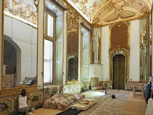 Palazzo Chiablese, torna a splendere la Sala dell'Alcova con la scrivania del Piffetti [FOTO E VIDEO]