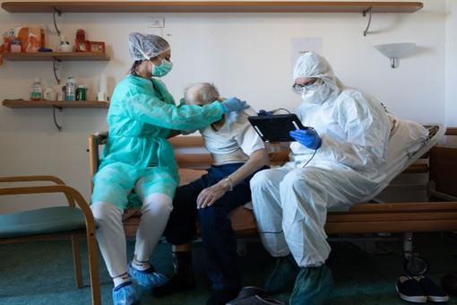 Covid, scende il numero di ricoverati in Piemonte: al momento sono 220, di cui 21 in terapia intensiva