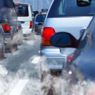Torino paga il conto alla cattiva qualità dell'aria. E con il Covid le cose sono ancora peggiorate