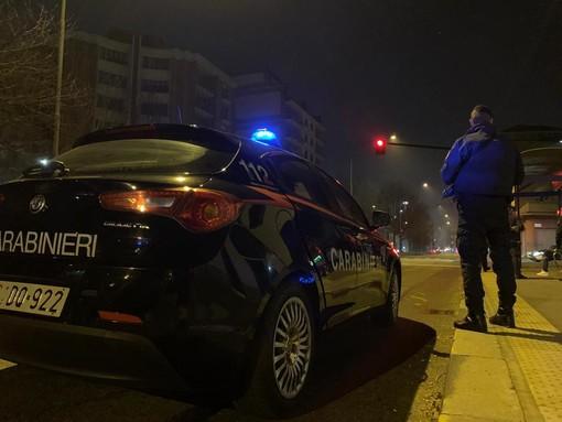 Incendio devasta una pizzeria di Venaria, i carabinieri sospettano il dolo