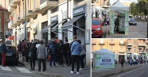 Green Pass obbligatorio al lavoro, a Torino farmacie prese d'assalto per i tamponi [FOTO]