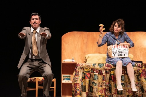 """Il """"Delitto imperfetto"""" di Onda Larsen per ridere in famiglia il sabato sera sul divano"""